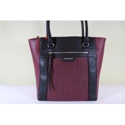 Torebka Monnari B130-020 Czarna z ciemnym czerwonym